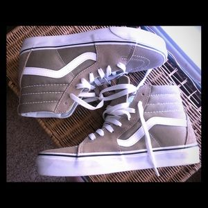 Men or woman's high top vans